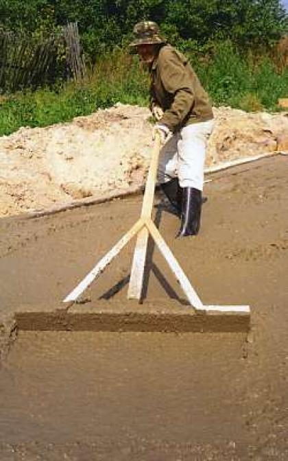 Плавающая рейка для бетона своими руками