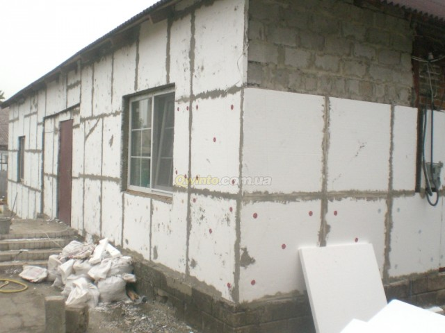 Отделка фасадов частных домов пенопластом своими руками
