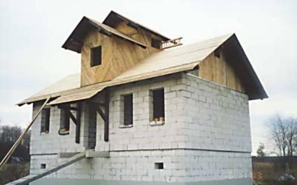Крыша дома из пеноблоков своими руками